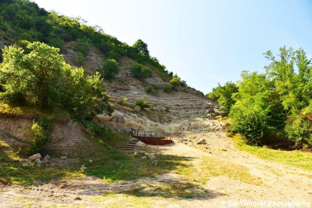 Geoparcul Dinozaurilor Sânpetru